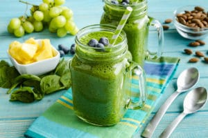healthy-office-snacks-natural-green-smoothies